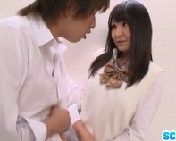 【トイレで4P】清楚でお嬢様系女子高生紅林あゆみちゃんが障害者用トイレで猿のようにパコりまくるド淫乱4Pセクロスww