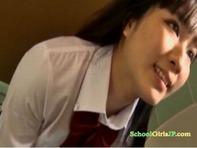 【ごっくん女子○生】高校教師のイギリス人英会話講師がトイレで女子○生に性処理ごっくん肉便器のレッスン個人指導ww