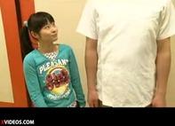 【JS乱交】無毛パイパンJS学生が温泉旅行でエッチな遊びハーレム乱交ww