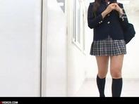 【SM女子高生】校則違反の女子高生宮咲志帆ちゃんが風紀委員長にお尻を叩かれスパンキングの体罰を受けるww