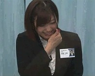 【マジックミラー号】証券会社営業部23歳OLさん「イッイッイッいやぁぁぁ!」wwボンキュッボンな身体がエロ杉るwwMM号