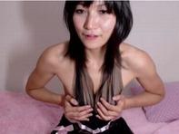【ライブチャット】スケスケ下着で柔らかそうなプニプニおっぱい痴女お姉さんのライブチャットがエロ杉ww
