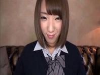 【ミニスカ女子高生】ムチムチ太ももぷりぷりモリマンがタマらないミニスカ女子高生咲月りこちゃんの顔面騎乗位ww