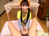 【JS手コキ】黄色い帽子と赤いランドセルを背負ったJS妹がお兄ちゃんのために乳首舐め&手コキ抜きとかンゴww