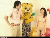 【放送事故】N●K教育番組で全裸お姉さんが恥ずかしい姿で淫語連発お届け(`・ω・´)ww
