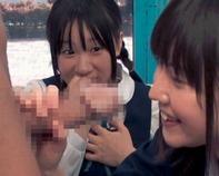 【マジックミラー号】修学旅行で開放的になっちゃってる中学生をナンパして→ギン起ちした巨チンを手コキ&フェラww MM号