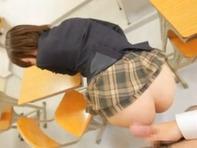 【主観フェラ】中学生みたいなロリっ娘紗倉まなちゃんの弱みを握って(笑)隠語言わせながらハメ倒しますww