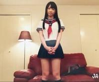 【パイパンクンニww】透明感のある色白黒髪美少女にエッチな透け透け水着着せてパイパンおまんこをぺろぺろ堪能ww