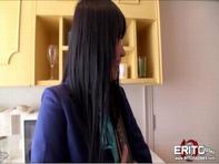 【アニコス】けい●ん!アニコス美少女が包茎チンポを美味しそうにシャブってノーパン立ちバックw濃厚ザーメンをたっぷりブッカケww