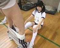 【JSごっくん】女子バレー部で鬼セクハラ顧問がJS小学生にフェラチオ口内発射ごっくんの猛特訓ww