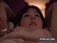 【レズマッサージ】清楚でちっぱいお姉さんがオイルマッサージで乳首ビンビンになって悶まくりんぐww