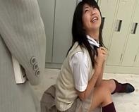【Tバック中学生】ムチムチ太ももTバックプリケツの女子中学生がドMで痴女すぎる件ww