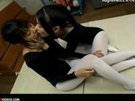 【クンニ&レズキス】バレエ教室の先輩にレズビアンを手ほどきしてもらう可憐なJCロリっ子w