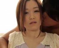 【母乳人妻】子供を産んで感度が上がった色白ムチムチ巨乳人妻さんが母乳を発射しながらスローセックスで逝きまくりんぐww