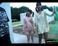 【JSハーレム】チンコを初めて見るJSロリっ娘とJCロリっ娘に手コキ&乳首舐めさせてハーレムすぐるワイセツ行為ww