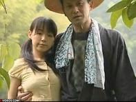 【JS親近相姦】再婚した嫁のロリロリJS連れ子とラブラブすぐる濃厚ベロチュー親近相姦ww
