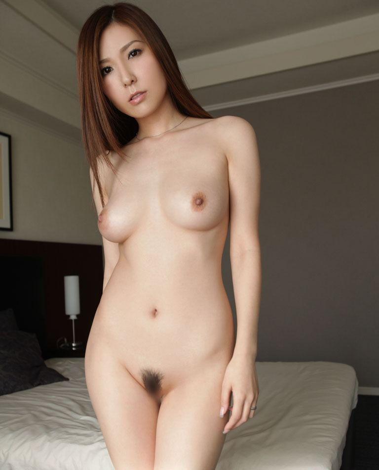【エロい】椎名ゆなというAV女優のドスケベペェペェwwwwwwwwww