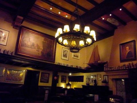 アントワープで一番古いカフェ Cafe Quinten Matsijs