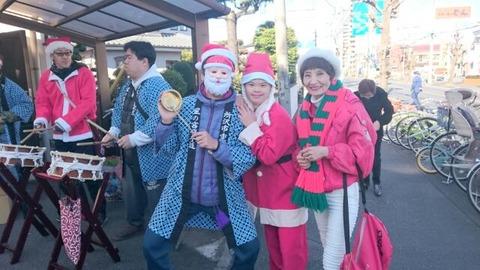 所沢市内星の宮でクリスマス餅つき大会