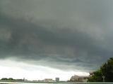 ドロドロドロ〜ン雲の流れが速かった