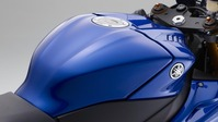 2017-Yamaha-YZF-R6-EU-Race-Blu-Detail-008