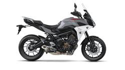2018-Yamaha-Tracer-900-EU-Nimbus-Grey-Studio-002