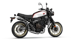 2019-Yamaha-XS700SCR-EU-Tech_Black-360-Degrees-006_Tablet