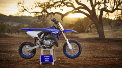 2018-Yamaha-YZ65-EU-Racing-Blue-Static-001