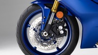 2017-Yamaha-YZF-R6-EU-Race-Blu-Detail-007