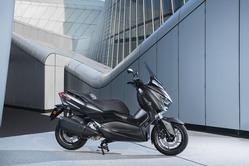 2019-Yamaha-XMAX300ASP-EU-Sword_Grey-Static-008