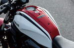 xsr700_feature_002_2020_001