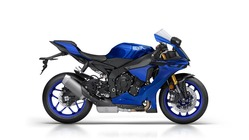 2018-Yamaha-YZF-R1-EU-Yamaha-Blue-Studio-002