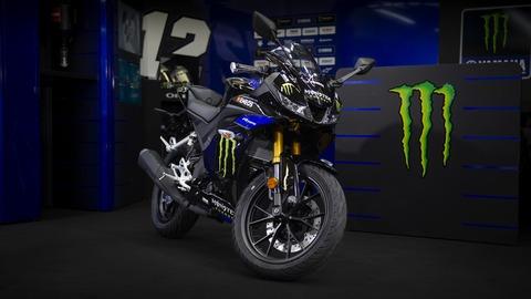 2019-Yamaha-YZF-R125SV-EU-Midnight_Black-Static-004-03