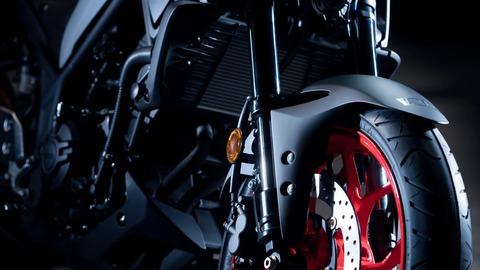 2020-Yamaha-MT320-EU-Detail-004-03