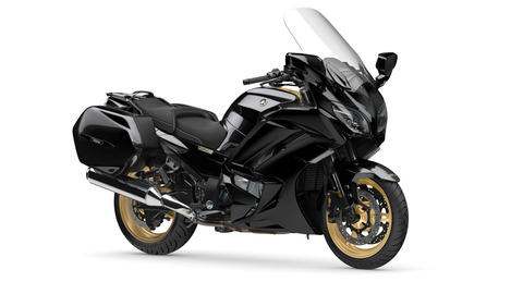 2020-Yamaha-FJR1300ASSPL-EU-Midnight_Black-Studio-001-03