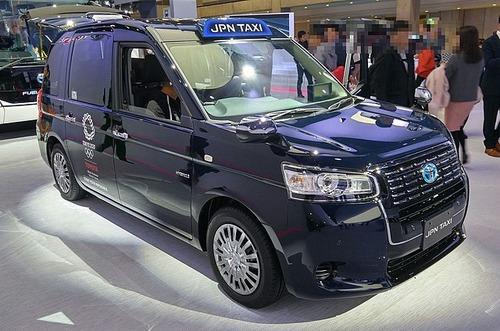 日本のタクシー、約8割がトヨタ車な件