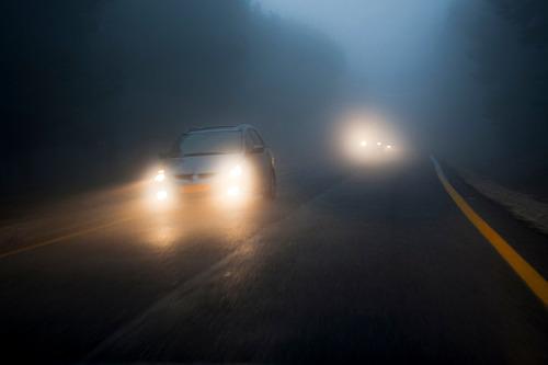 「ハイビームに腹がたった」車をUターンさせ19歳女性の運転する車に突っ込んだ男を暴行で送検