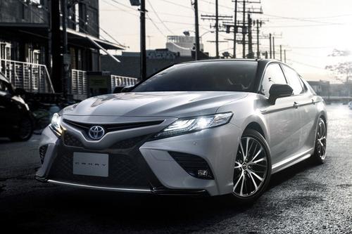 トヨタ「カムリ」に新グレード「WS」設定! 顔が変わる
