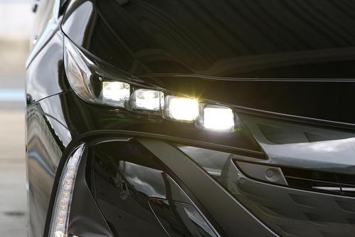 【悲報】LEDヘッドライトの車は事故の原因に、LED標準装備でどんどん不便に