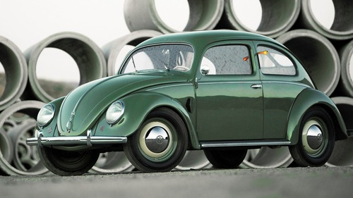 ビートルってナチスが生んだ大衆車だがデザインは未だに悪くないよな