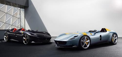 Ferrari、往年のレーシングカーを思わせる「モンツァSP1/SP2」発表!