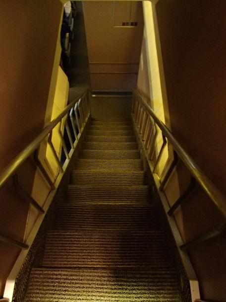 11 (24)階段