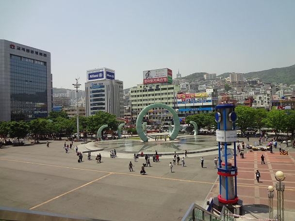 21 ロッテマート&駅前 (2)