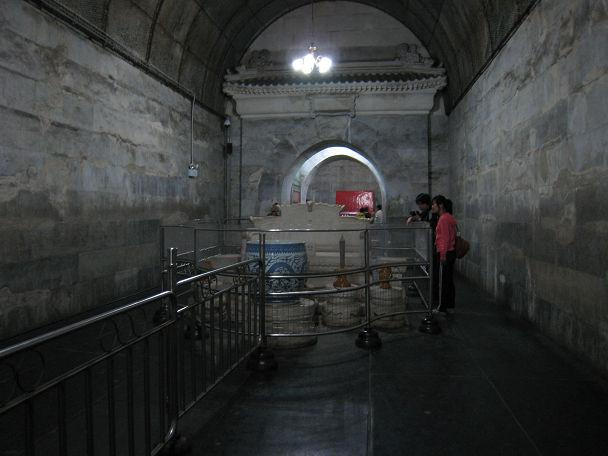17 明陵墓 (15)