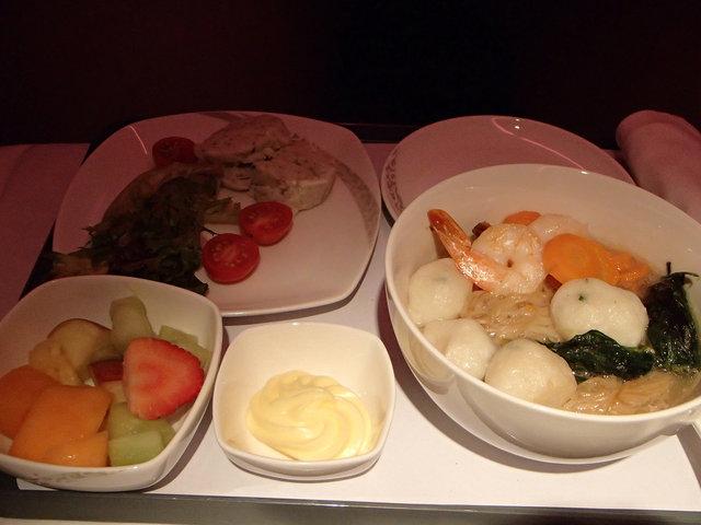 Meal JNB-PEK 2食目 (2)