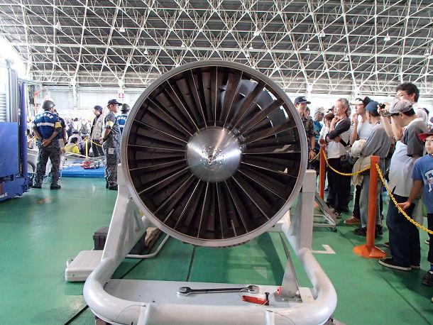 14-1 F15エンジン (1)