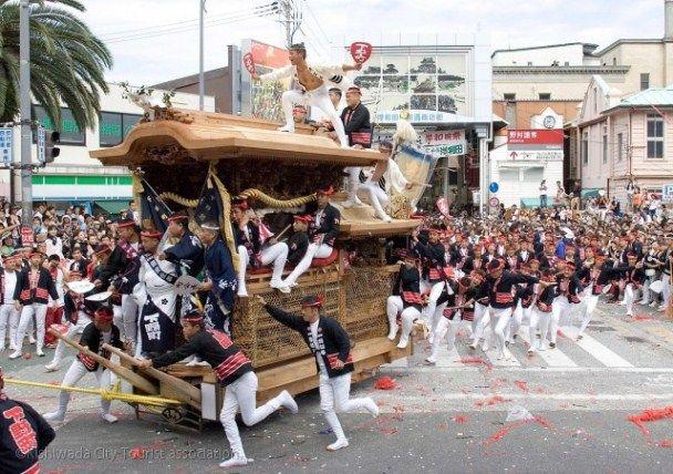 岸和田だんじり祭1