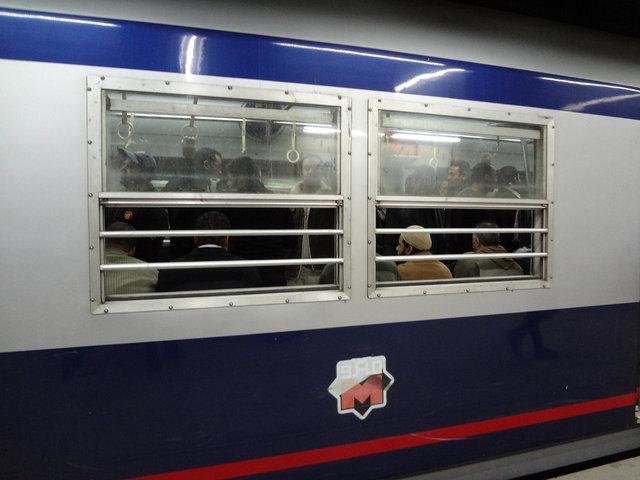 カイロ 地下鉄201212 (5)s