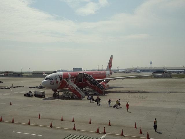 17 A330 AA (1)
