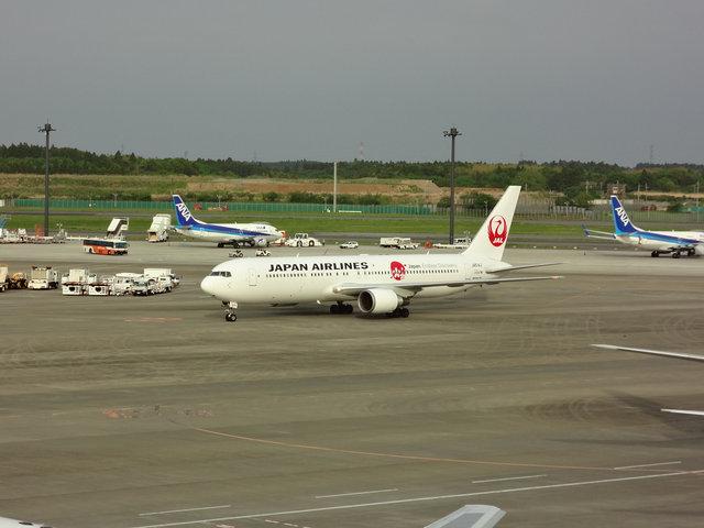 13 JAL B767 (1)